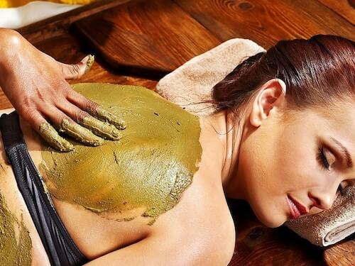 Cleansing ayurvedic self-massage
